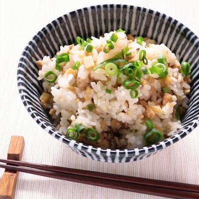 タケノコ入り鶏そぼろの混ぜご飯