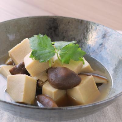 しいたけと高野豆腐の煮物