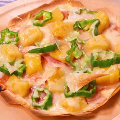春巻きの皮で作る サクサクミルフィーユピザ
