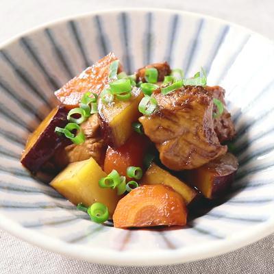鶏肉と根菜の黒酢煮