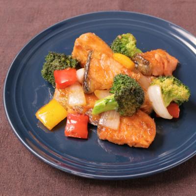 鮭と野菜のオイスター炒め