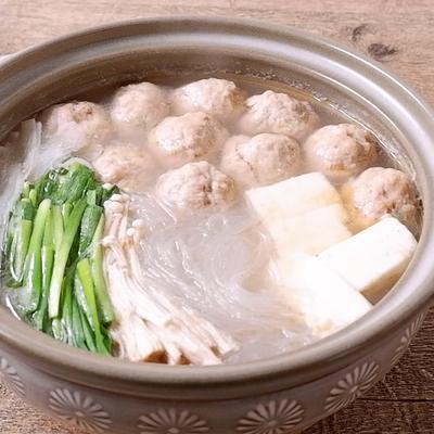中華風豚とエビのつくね鍋