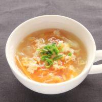 玉ねぎとにんじんの中華スープ