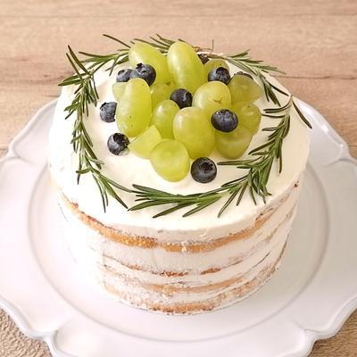 市販のスポンジで 簡単ネイキッドケーキ