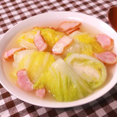 今夜はこれでお腹いっぱい!おもちのロール白菜スープ