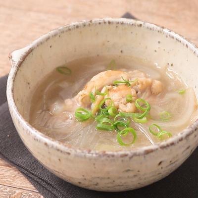 花椒香る 手羽元と玉ねぎの春雨スープ