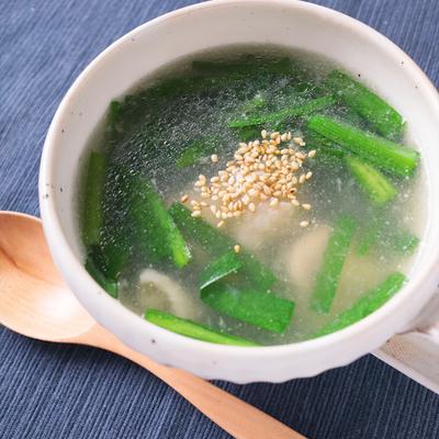 翡翠鶏とニラの中華スープ