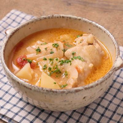手羽元とポテトのトマトチーズスープ