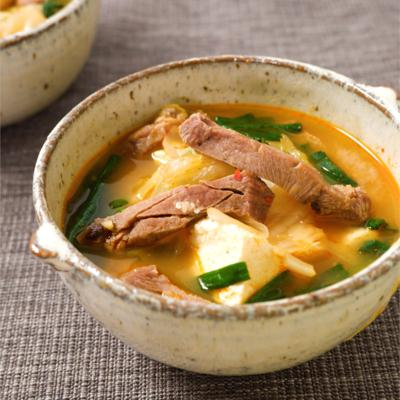 厚切り牛タンの旨辛スープ