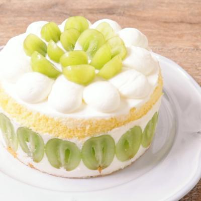 シャインマスカットのムースケーキ