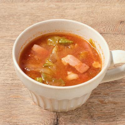 レタスとベーコンのトマトスープ
