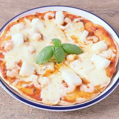 フライパンで作る ピザソースのシーフードピザ