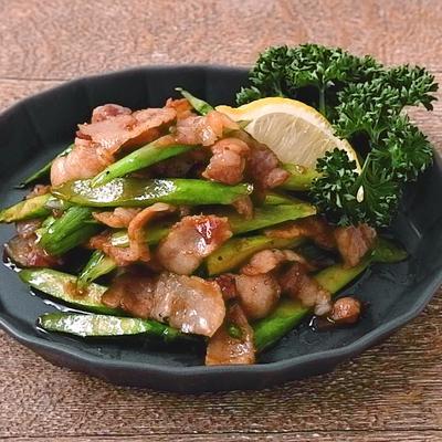 豚肉とアスパラガスの醤油ガーリック炒め