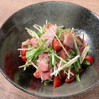水菜とベーコンのエスニック風サラダ