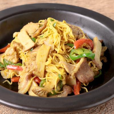低糖質麺でカレー風味のビーフン