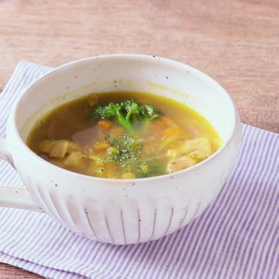 具だくさん 鶏肉とレンズ豆のカレースープ
