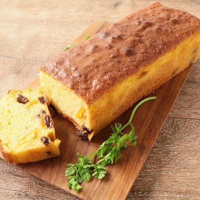ドライマンゴーとレーズンのパウンドケーキ