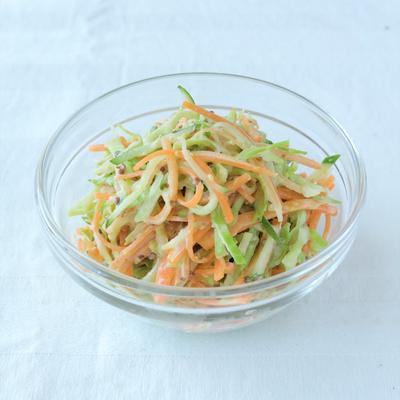 千切り野菜のマスタードサラダ