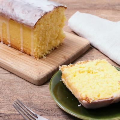 レモンとココナッツのパウンドケーキ
