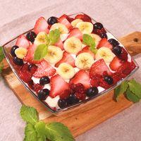 フルーツたっぷりスコップケーキ