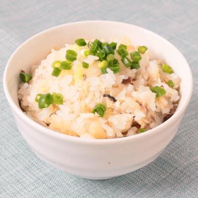 生姜香る 塩サバの混ぜご飯