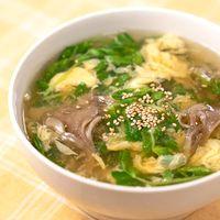 ほかほかあったまる 豆苗と舞茸のふわふわ卵スープ
