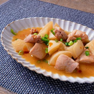 鶏肉と大根のコクうま中華風煮込み