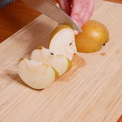 梨のくし切り
