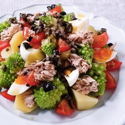 ロマネスコのニース風サラダ