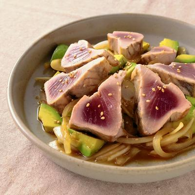 アボカドとカツオの柚子胡椒サラダ