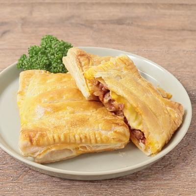 冷凍パイシートで簡単とろーりチーズミートパイ