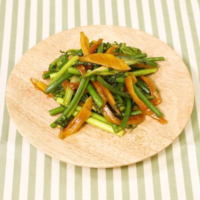 菜の花とニンニクの芽のトロピカル炒め