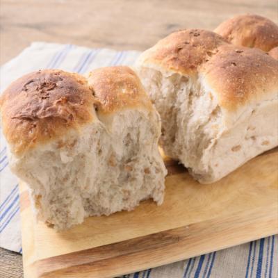 おうちで作る ライ麦食パン