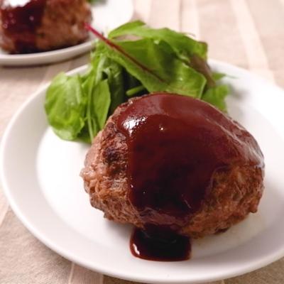肉汁ジュワー 牛肉の旨味あふれるハンバーグ