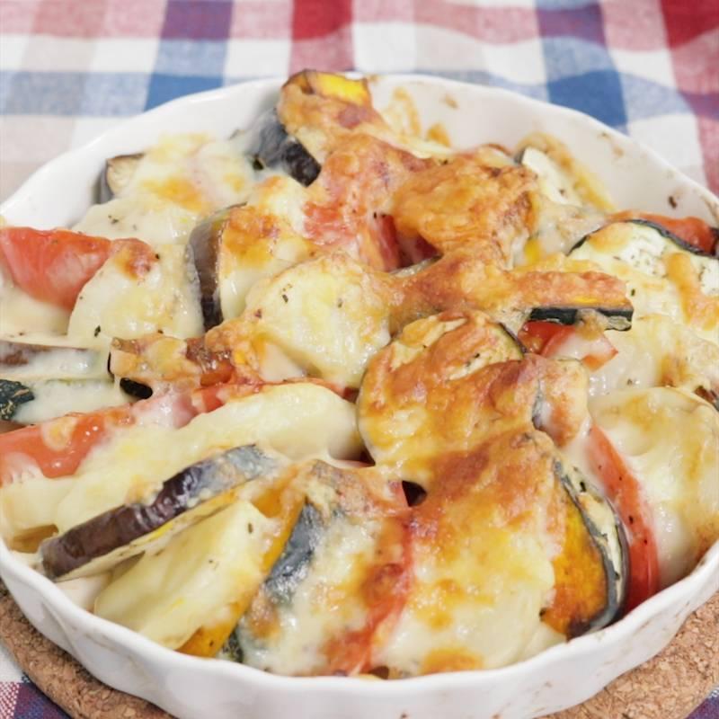 焼き なす と トマト の チーズ