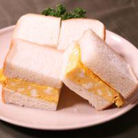 出汁入り厚焼き玉子のサンドイッチ
