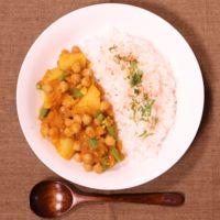 野菜だけ!ひよこ豆とジャガイモのカレー煮