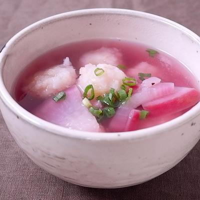 赤かぶと海老団子のスープ