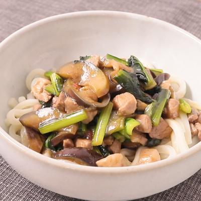 花椒香る 小松菜とナスのピリ辛豚バラあんかけうどん