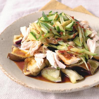 鶏ささみとナスのピリ辛サラダ