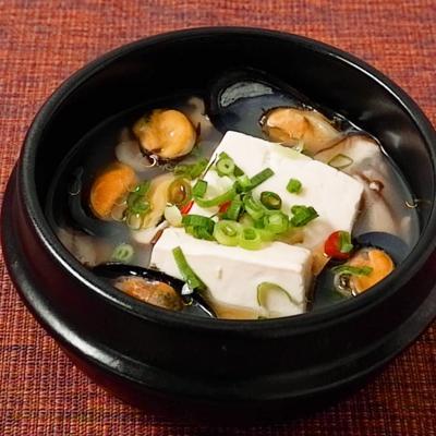 韓国風 ムール貝と豆腐のあっさりスープ