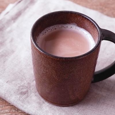 香ばしくておいしい小豆茶オレ