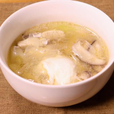 まるごと卵の中華スープ