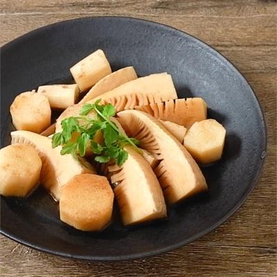 タケノコと長芋の煮物
