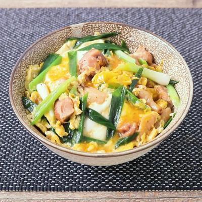 塩ダレ焼き鳥缶で作る 中華風親子丼