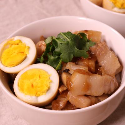 ペロッと食べちゃう!台湾風豚丼