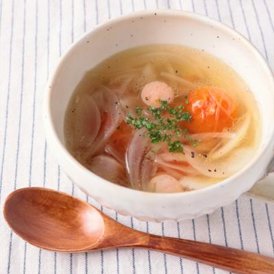 新玉ねぎとミニトマトのスープ