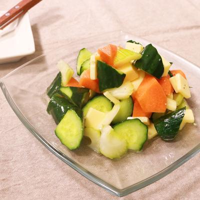 たくさん食べられる きゅうりたっぷりサラダ