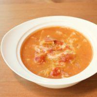 とろーりチーズとキャベツのトマトスープ