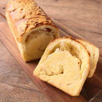 パウンドケーキ型で作る 新玉ねぎ食パン